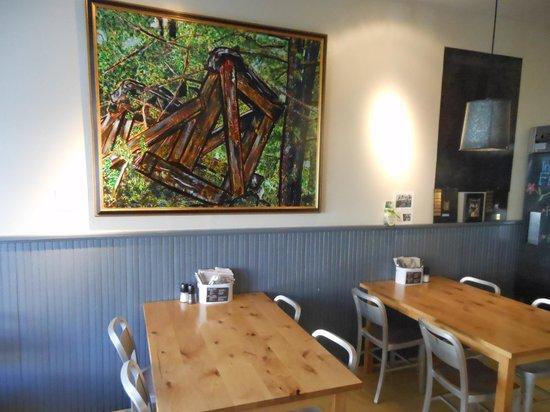 The Butcher & Baker Cafe: Interior