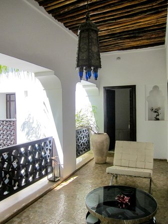 P'tit Habibi: 2nd floor terrace