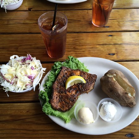 Crab Shack Seafood Restaurant on the James: Blackened swordfish.