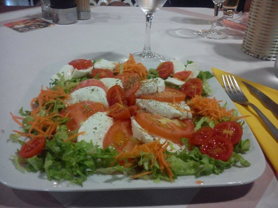 Pizzeria Petrarca Abano: Bello e buono!