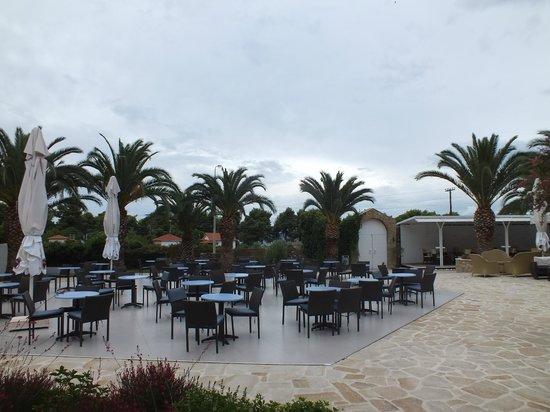 Lagomandra Hotel & Spa: Бар у бассейна