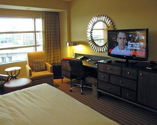 Hilton Omaha : Bedroom