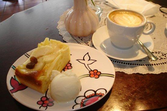 Cafe Ole: Appelgebak