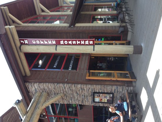 Jackson Hole Roasters: Outside view with tables