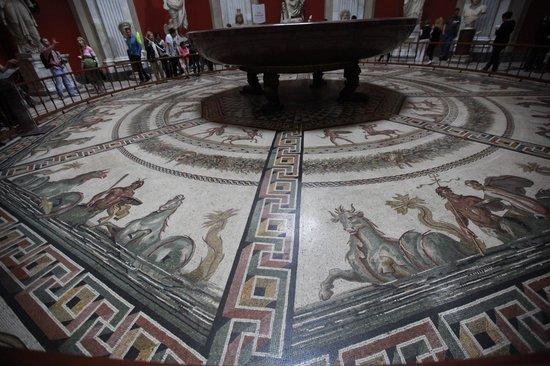 LivItaly Tours: Vatican Tour