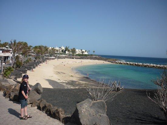 Lanzasur Club: Beach 5 minute walk from hotel