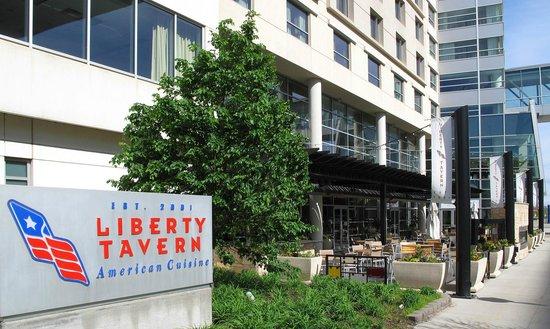 Liberty Tavern Hilton - Omaha