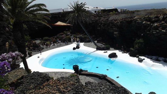 Jameos Del Agua: another view of the pool