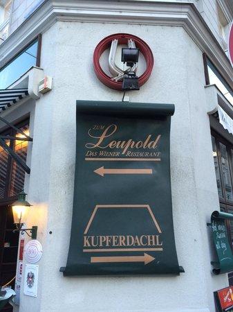 Leupold's Kupferdachl: Вывеска
