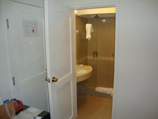 LP Los Portales Hotel Cusco: Banheiro