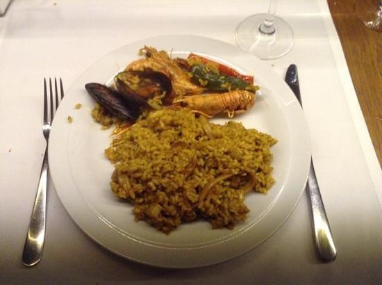 Fosbury Café: Seafood paella