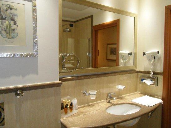 Windsor Hotel Milano: bathroom