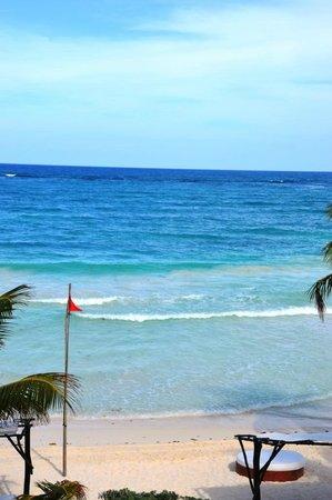 Las Ranitas Eco Boutique Hotel: Beach at day