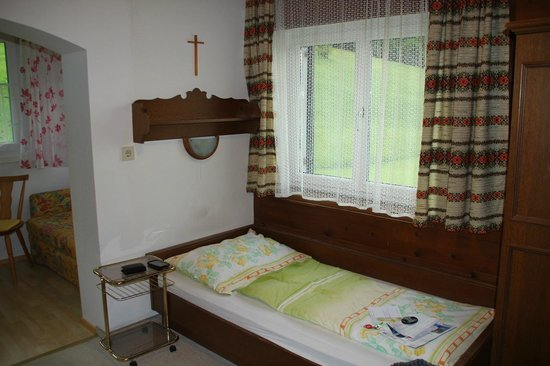 Haus am Wald: Single bed room #10