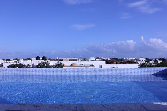Hotel 770 : vista al mar