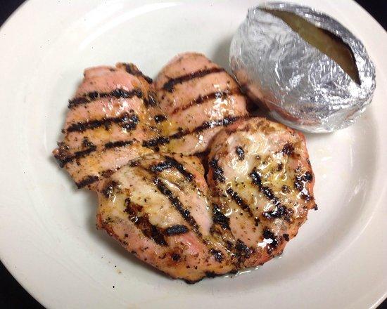 John & Nick's Prime Rib & Steakhouse: Grilled Chicken