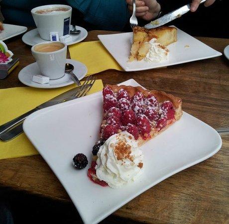 Le Petit Cardinal: Excellente tarte aux framboises.