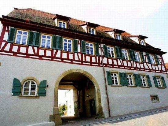 Knittlingen, Deutschland: Frontansicht