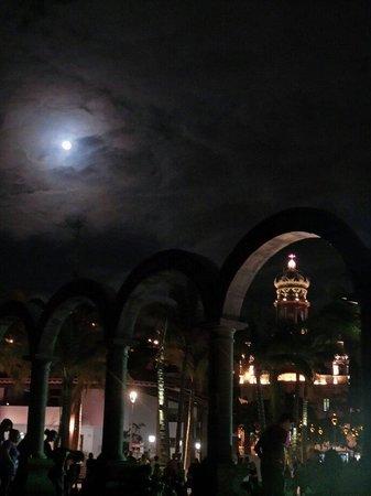 Zona Romantica : Los Arcos