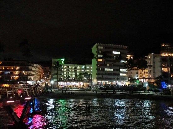 Los Muertos Pier : Desde el Muelle...