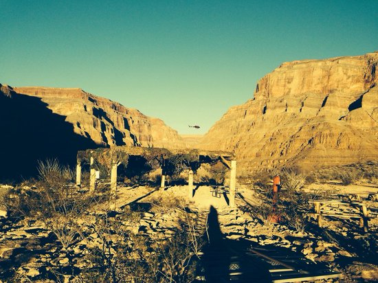 Sundance Helicopters : The area where we had our pic nic in the Canyon bed