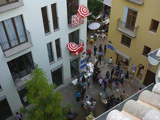 Valenciaflats Catedral: вид на площадь с балкона
