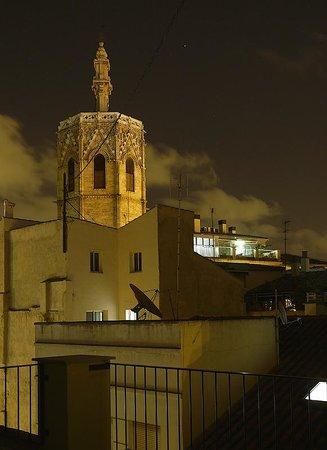 Valenciaflats Catedral: ночной вид с террасы на север