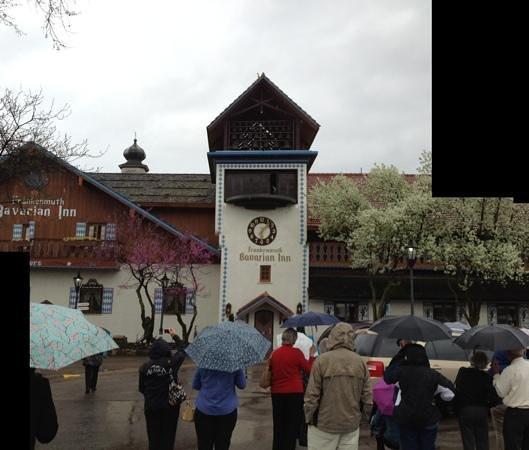 Bavarian Inn Restaurant: Carillon Bells & Pied Piper