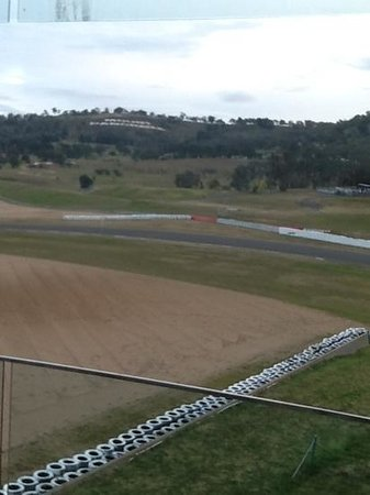 Rydges Mount Panorama Bathurst: our view