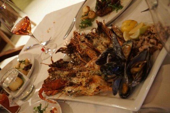 ZENZERO: Seafood platter