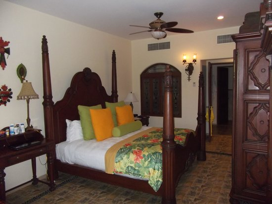 Hacienda Encantada Resort & Residences: Our room 3