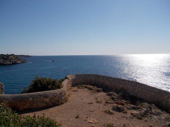Blau Punta Reina Resort: Blick von der Anlage auf das Meer