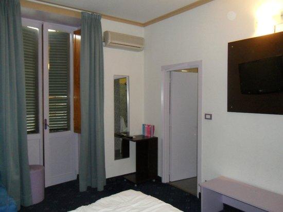 Ibis Styles Torino Porta Nuova : room