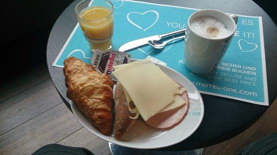 Motel One Munchen-Deutsches Museum : desayuno