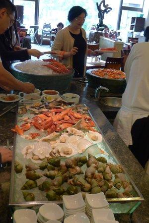 Shangri-La Hotel Beijing: Lunch buffet