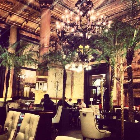 Hotel Metropole : Nice bar