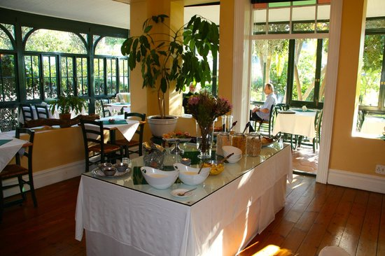 Mediterranean Villa Bed and Breakfast: breakfast