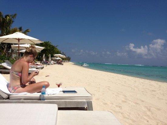 The St. Regis Mauritius Resort : Lazy days on the beach