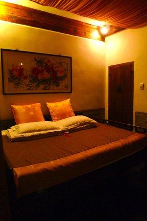 Courtyard 7: Room 8 'bedroom'