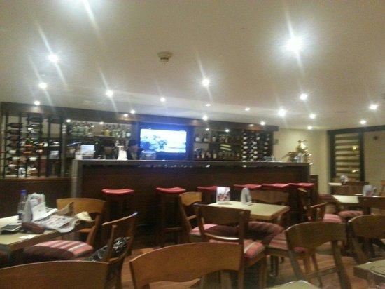 Hotel Estelar Suites Jones : Bar