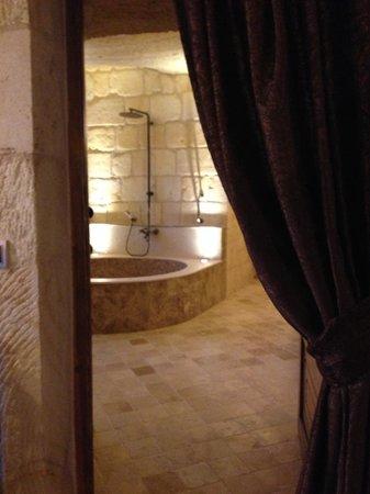 Kayakapi Premium Caves - Cappadocia: Bathroom