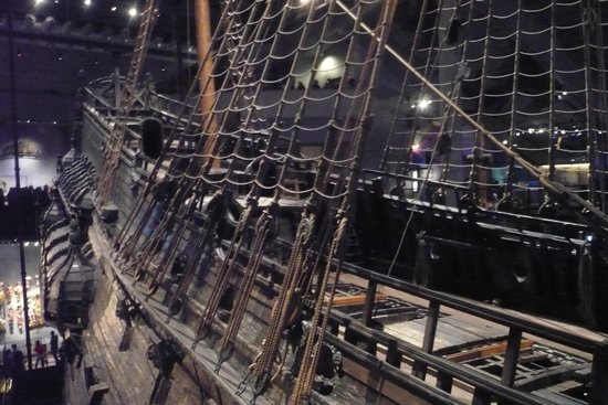 Museo Vasa: The Galleon ropes
