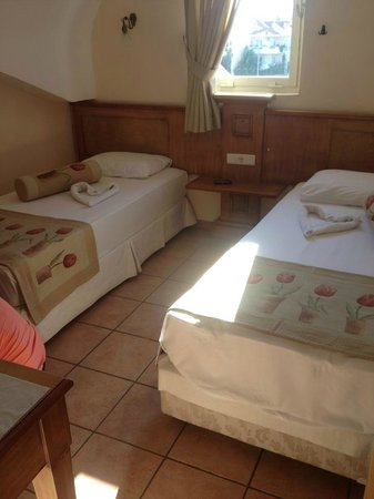Club Anastasia : Single beds, But they where put together as a double no problem