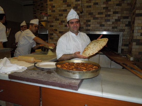 Turkish Flavours : Baked to order bread at Ciya