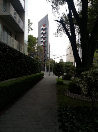 Hyatt Regency Mexico City: Caminho ao metrô