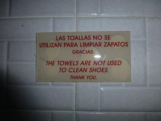 Hotel Casazul : Funny Sign
