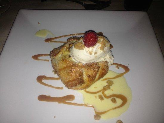 Club 33: Yummy apple delight!