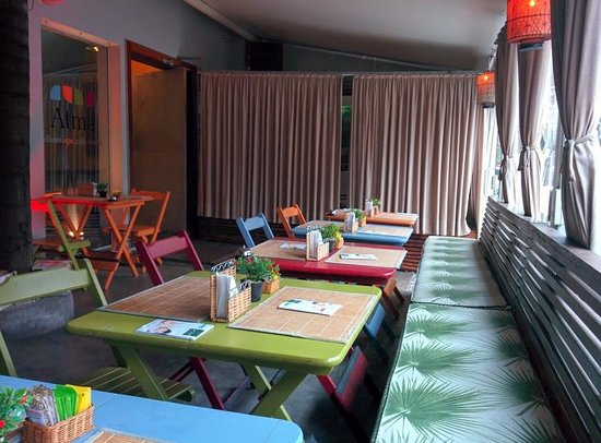 Atma Hostel: Bar e café