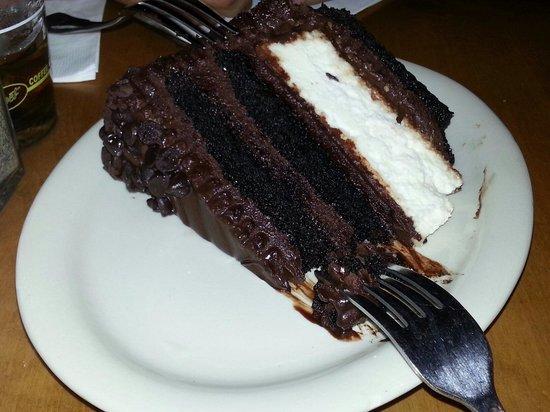 Junior's Restaurant : Devil's cheesecake