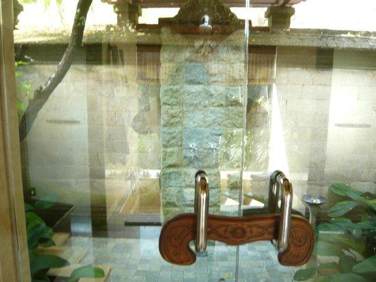 Puri Wulandari Boutique Resort: Outdoor Bathroom - Bliss